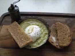 Supă-cremă de broccoli